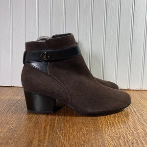 Coach Patricia Ankle Boot Brown Suede Women Sz 6B